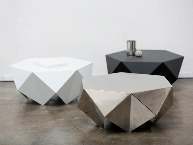 monolith-desinere-singapur-designisti