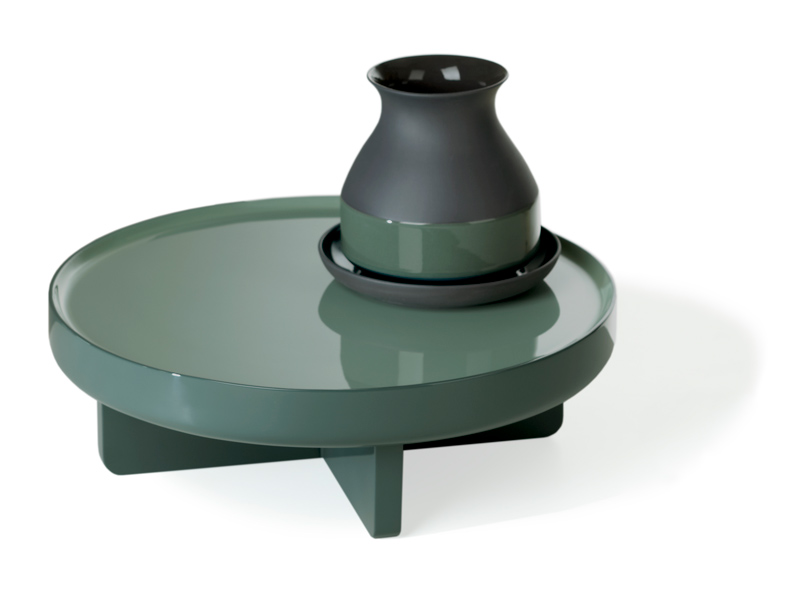 Imperfect-Design---Saigon-Lacquer-by-Arian-Brekveld-Low-table-S-Pigoen-at-designisti