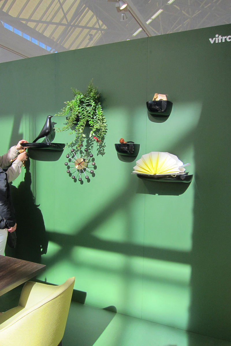 vitra-woonbeurs-green-wall-designisti