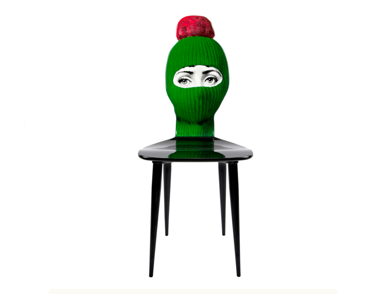 M28Y500-chair-lux-gstaad-green-red-pompom-01-at-designisti