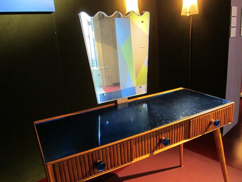 13-gio-ponti-vanity-gallery-nilufar-designisti