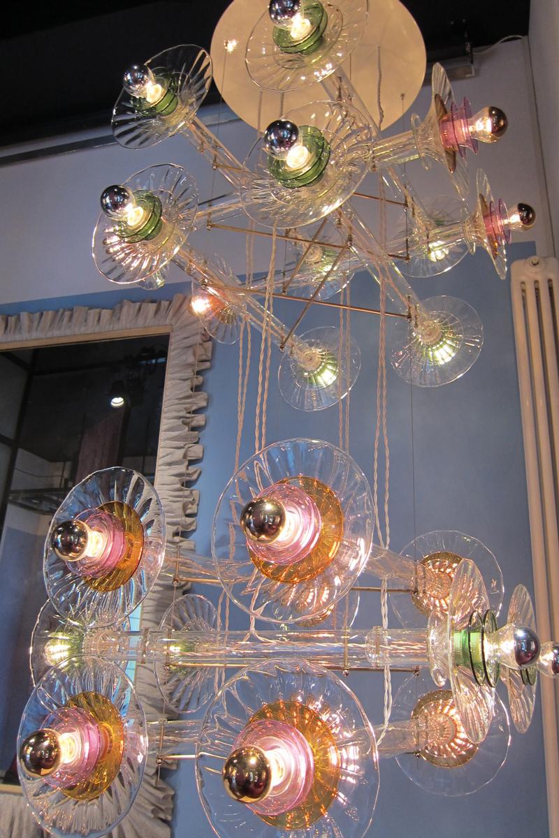 5-bethan-laura-wood-crisscross-chandelier-detail-gallery-nilufar-designisti
